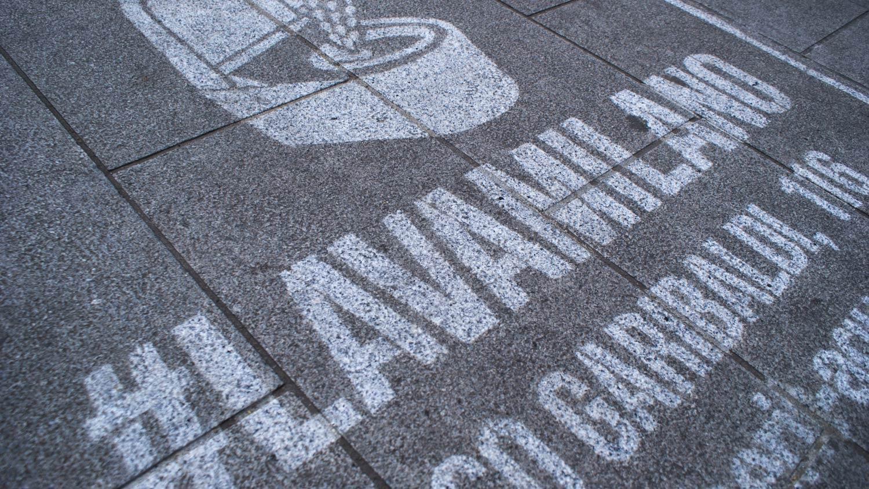 Jungle   Street advertising   Reverse graffiti   Geberit