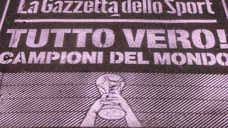 Street advertising GazzettadelloSport Milano