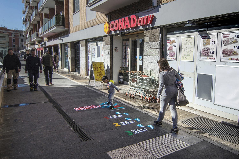 Street advertising Ferrero Italia
