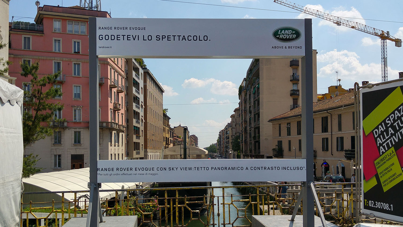 Ambient activation RangeRover Evoque Milano